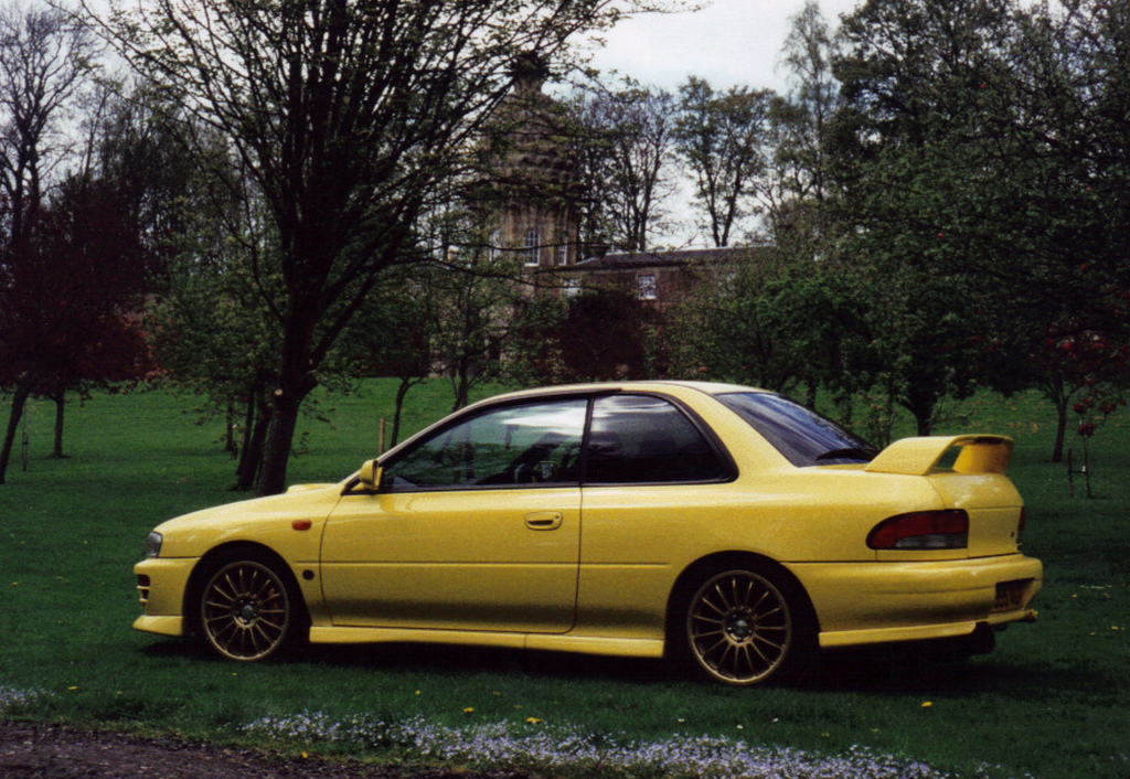 Subaru impreza gc8 yellow
